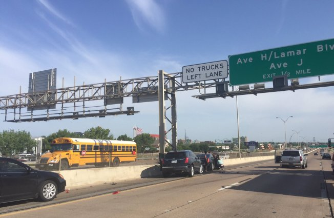 Interstate 20 Reopens after Multi-Vehicle Crash in Arlington