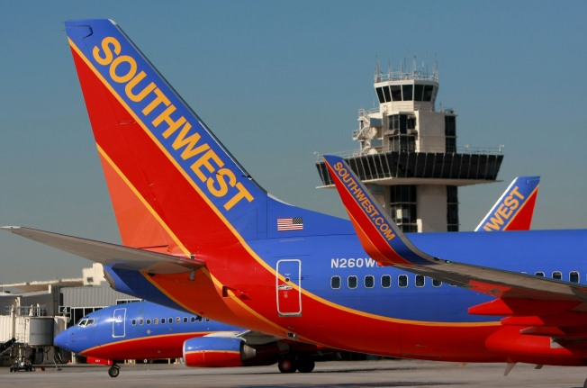 Southwest Bids $170M for Frontier Airlines