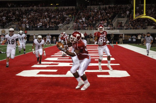 Mallett Leads Arkansas Past Texas A&M 47-19