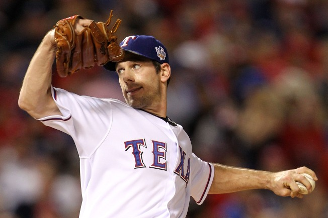 "Greenberg Makes a ""Menu of Offers"" to Cliff Lee"