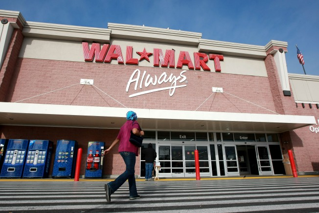 "Wal-Mart CEO: Still A ""Lot of Stress"" in Economy"