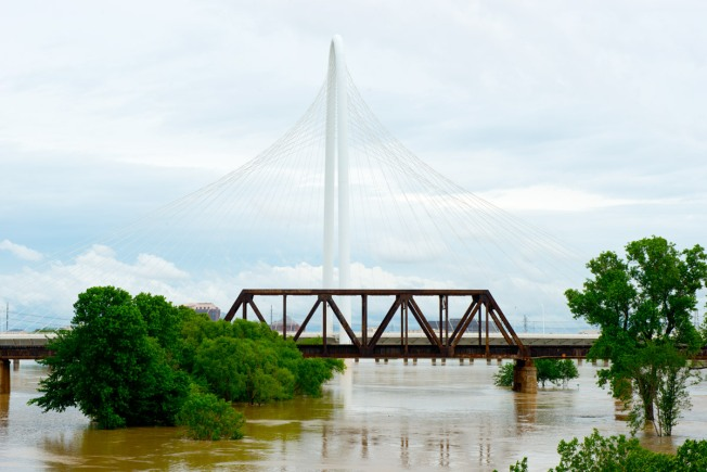 Texas Politicians Question Stricter Flood Control Standards