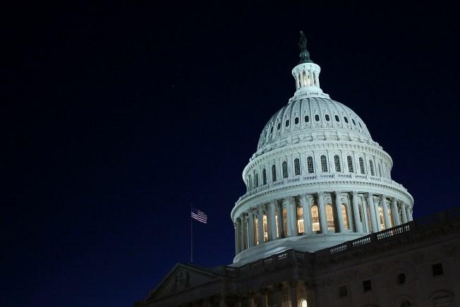 Poll: Public Fed up with Washington