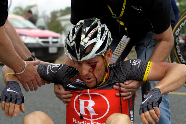Armstrong Denies Ex-Teammate's Cheat Charge, Then Crashes Cycle
