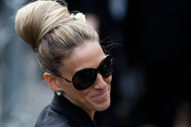 Fashionistas Honor Alexander McQueen At London Memorial