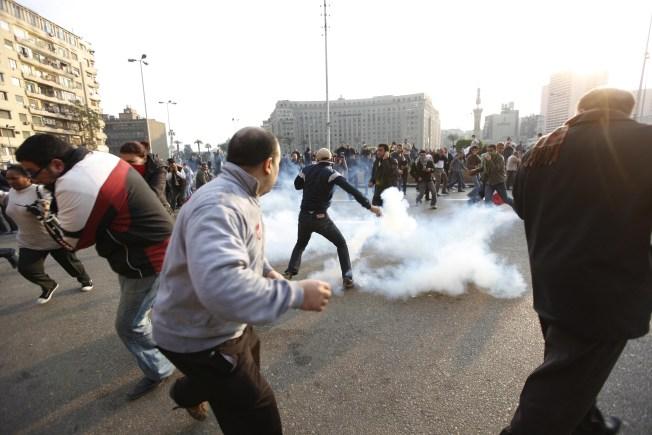 Egyptian Bloggers Brave Police Intimdation