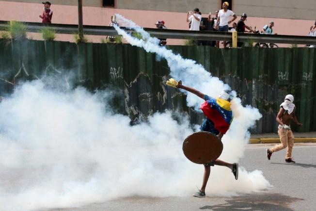 Venezuela bracing for fresh protests