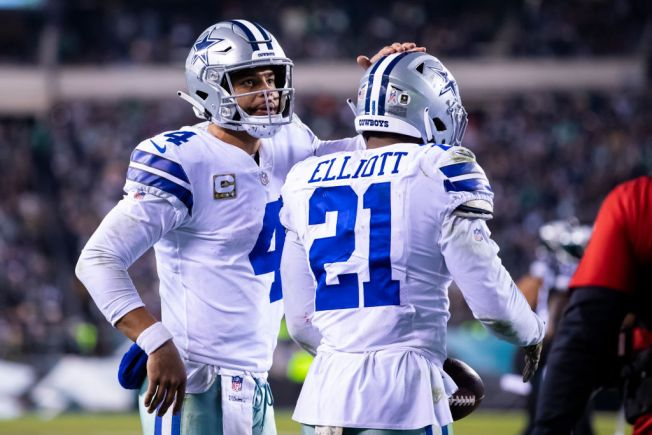 Elliott Says Cowboys Will Remain Desperate and Long-Sleeved