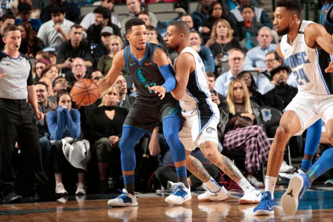 Barnes, Brunson Lead Mavericks Past Magic