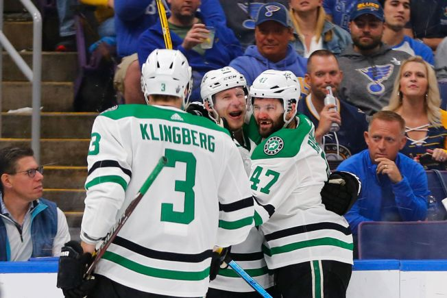 Spezza, Lindell Score as Stars Edge for 3-2 Series Lead