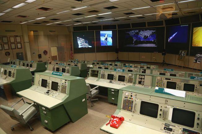 Restoration Planned For Nasa S Apollo Mission Control