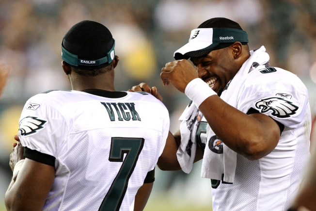McNabb Wants Vick to Play Now