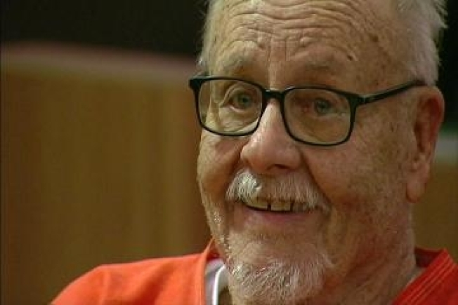 Actress Jodie Foster's Estranged Father Sentenced to Jail