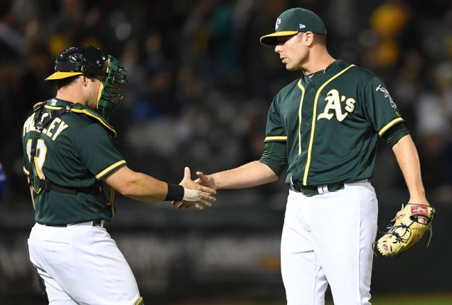 Rangers Fall 3 1/2 Back for Wild Card With 4-1 Loss to A's
