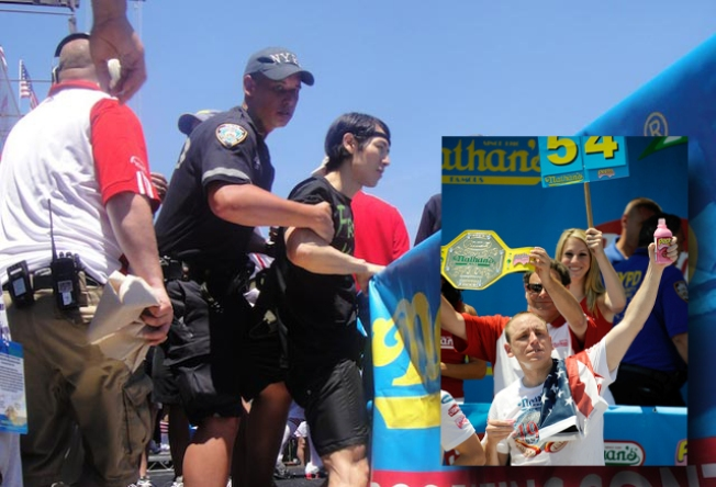 Hot Dog! Chestnut Wins Nathans Competition at Coney Island
