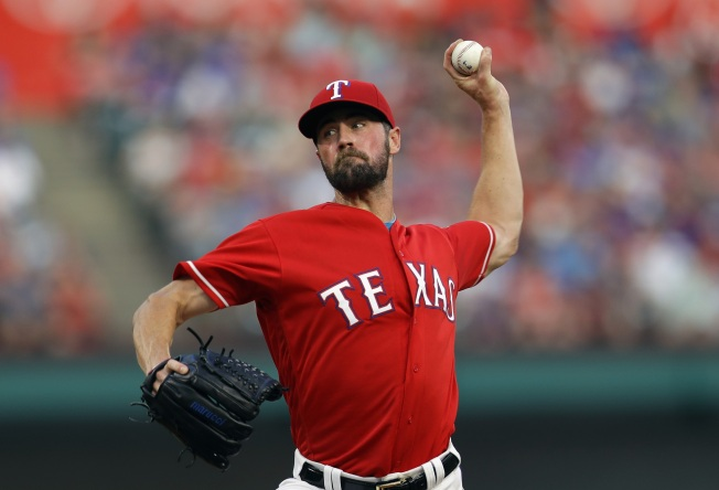 "Hamels ""Gritty"" Effort Ends in Loss to Tigers"
