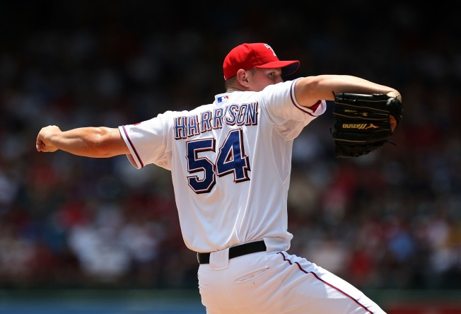 Rangers' Harrison Shuts Down White Sox