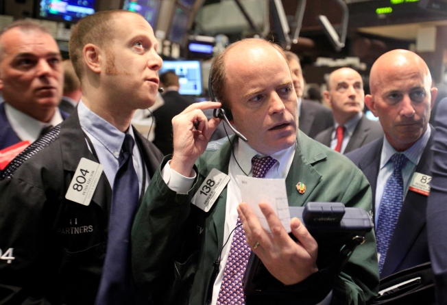 Jump in Consumer Confidence Gives Boost to Stocks