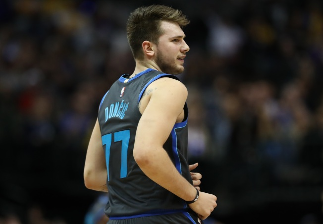 Doncic Leads Mavs Past Timberwolves