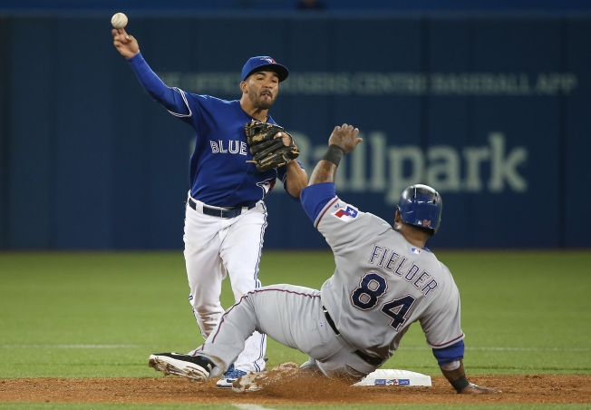 Donaldson Homers, Blue Jays Beat Rangers 3-2