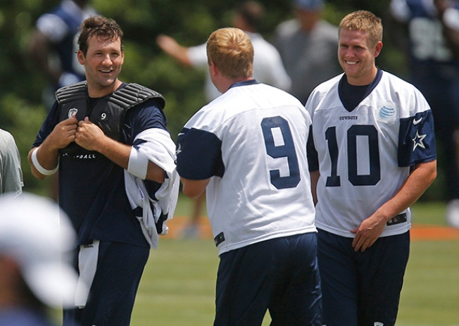 Tony Romo Switches Jerseys With Backup Quarterback to Try and Sneak Into Drill