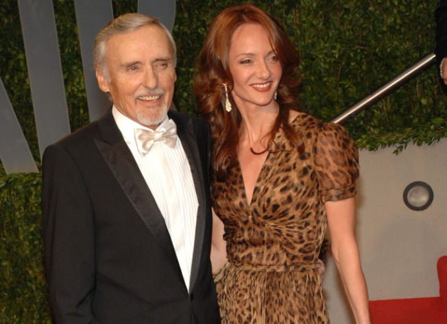 Dennis Hopper, Wife, Agree to Stay Away Order