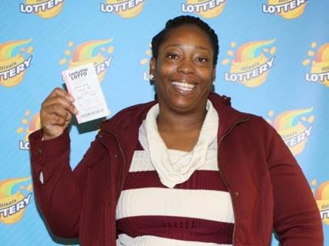 Illinois Woman Wins $150K Playing Family's Ages on Lotto Ticket