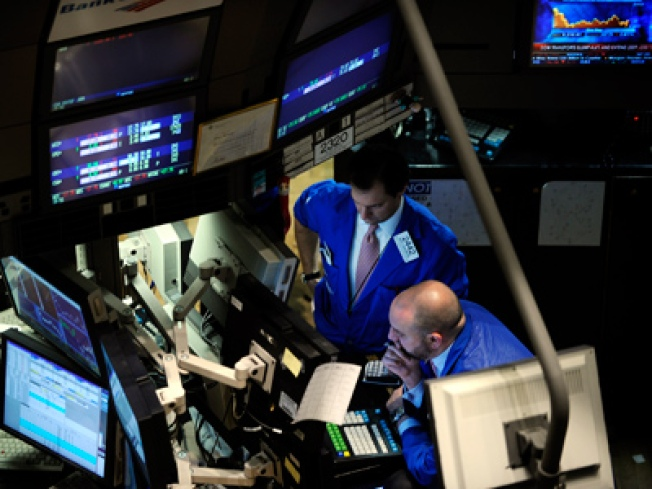 Wall St. Ends Week Reflecting Mixed Results
