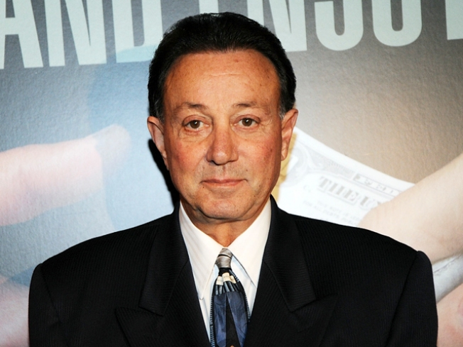 """""""Sopranos"""" Actor to Plead Guilty of Extortion Charges: Report"""