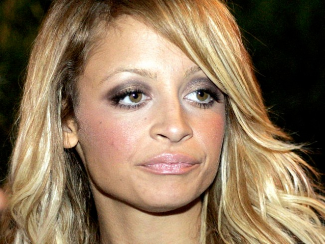 "Nicole Richie Checks Out of Hospital With ""No Problems"""