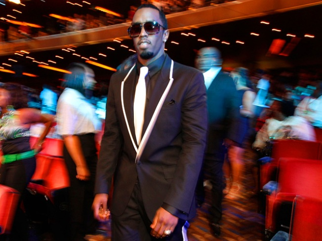 """Sean """"Diddy"""" Combs on President Obama: """"I Hope He… Adopts Me!"""""""