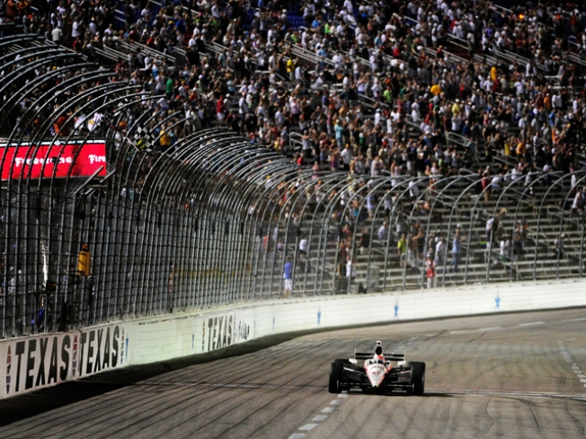 Briscoe Beats Patrick in Indy Race at TMS