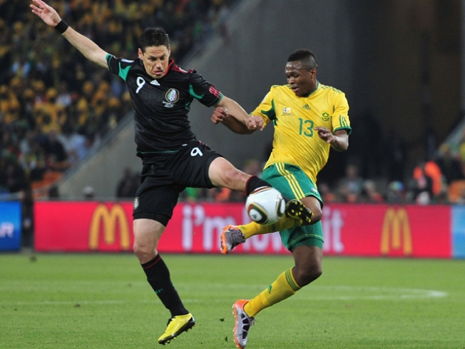 South Africa Draws 1-1 with Mexico in WCup Opener