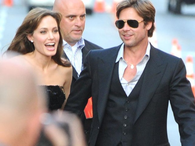 British Tab Pays Up for Report Brad and Angelina Were Splitting