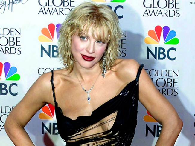 Courtney Love Assembles a Twitter Army