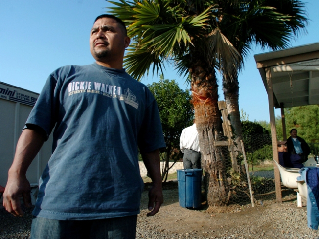 As Other States Get Tough, Immigrants Turn to Texas