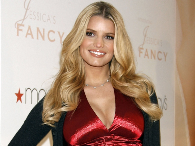 "Jessica Simpson ""Angry"" John Mayer Spilled on Love Life"