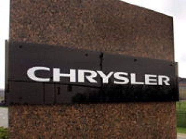 Chrysler Recalls 780K Minivans Over Window Switch