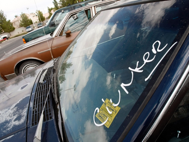 No Cash for Car Dealers' Clunkers
