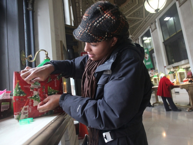 USPS Gears Up for Holiday Rush