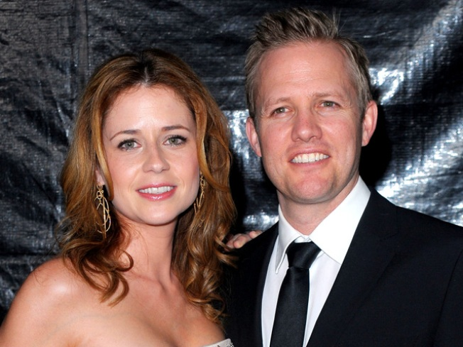 """Survivor"" Host Ministers Jenna Fischer's Wedding"