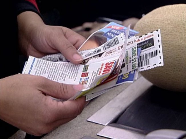 Coupon Clipper Pushes Grocery Golden Rule