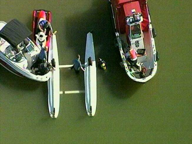 Small Plane Overturns in Lake Lewisville