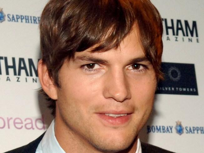 """Ashton Kutcher Hosts """"SNL"""""""