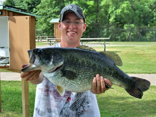Giant Bass Reeled in by East Texas Fisherman