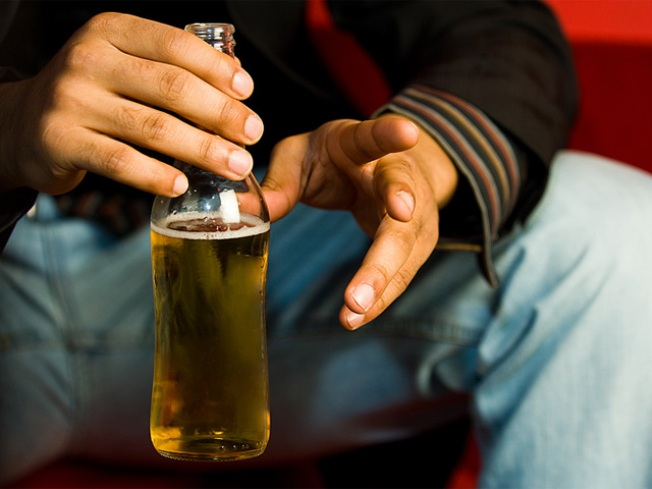 Town Considers Putting Booze Sales on Tap