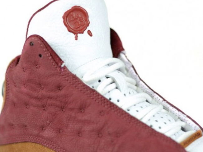 Dez Gives O-Linemen Jordans