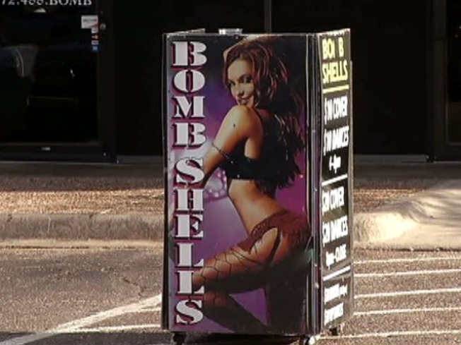 Strip Club Distracts Southwest Airlines Pilot