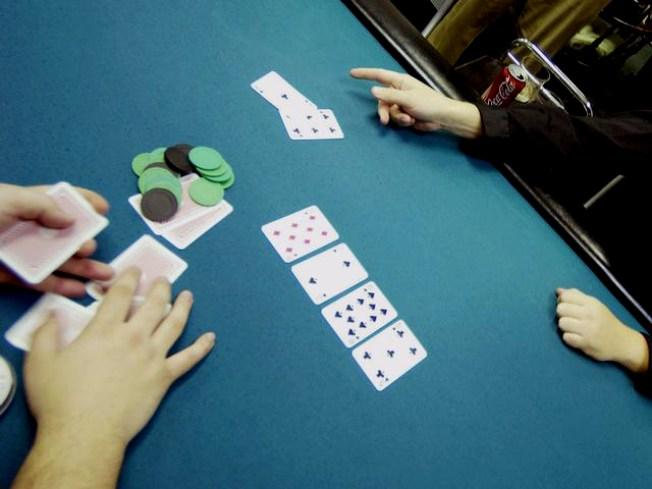 Suspect held over $331,000 poker heist