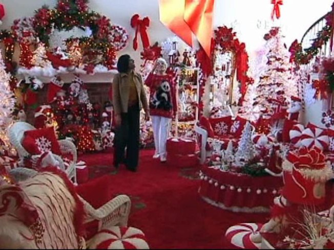 Carrollton Home Overflows With Christmas Spirit